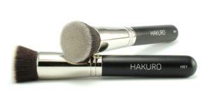 Pędzel idealny do nakładania podkładu - Hakuro