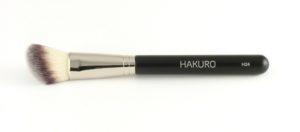 Pędzel marki Hakuro do modelowania twarzy