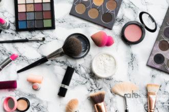 Baza pod makijaż – jak wybrać najlepszą?