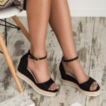Sandały espadryle na koturnie czarne zapinane w kostce